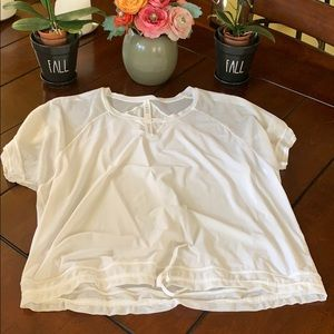 🎈LULULEMON🎈White ShortSleeves Tie Loose Blouse
